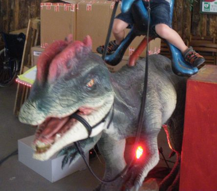 Parc Planet Exotica à Royan. Kids friendly et idéal pour sorties en famille. Dinosaure automate