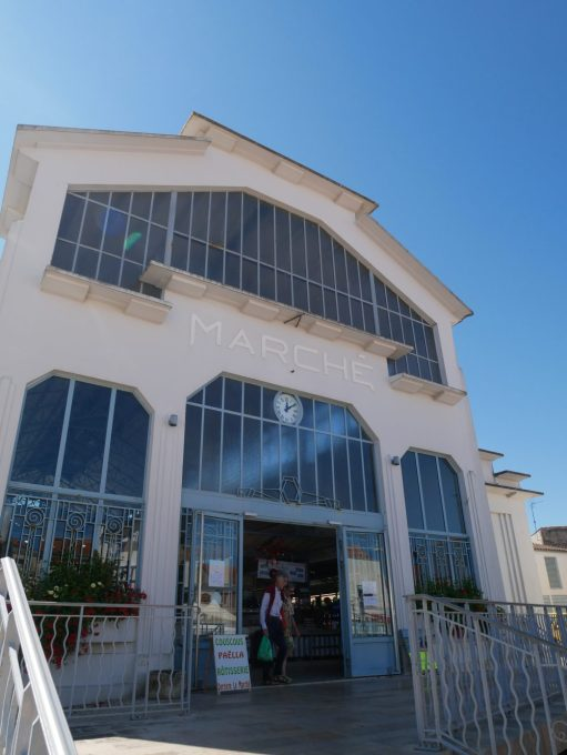 Fouras les bains en Charente Maritime, pour vacances en famille au bord de l'océan. Le marché