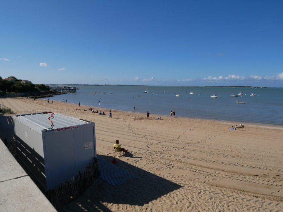 Fouras les bains en Charente Maritime, pour vacances en famille au bord de l'océan. Plage sud