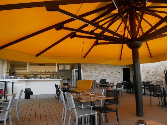 restaurant-le-kabestan-lac-de-flourens-terrasse
